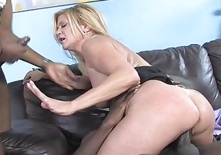 lustful mother i babe shags with dark man in