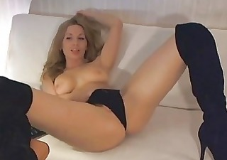 solo golden-haired gal fingering herself