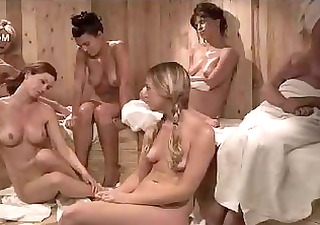 heather vandeven stripped in the girl-only sauna