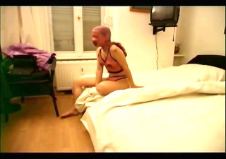 slutty slave playgirl likes sucking a cock
